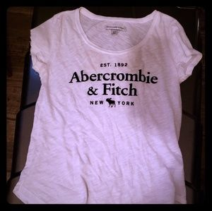 A&F white casual t shirt